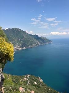 F-Amalfi-Revino bg